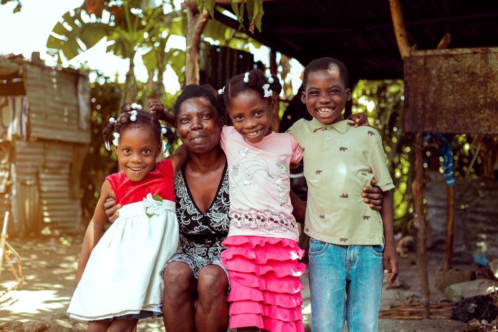 """altT=""""Haiti: Gislaine kämpft für ihre Kinder"""""""