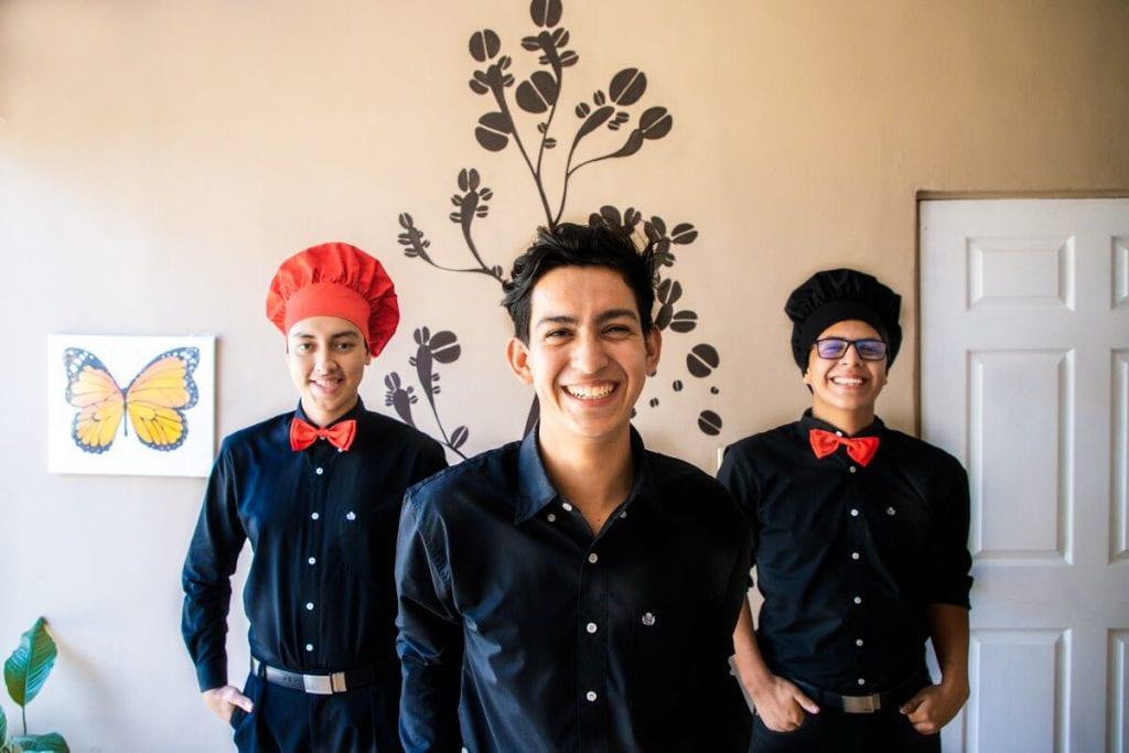 "alt=""Cafe Berle Ovidio und deine beiden Freunde El Salvador Patenkinder Dreamcometrue eigenes Kaffee """